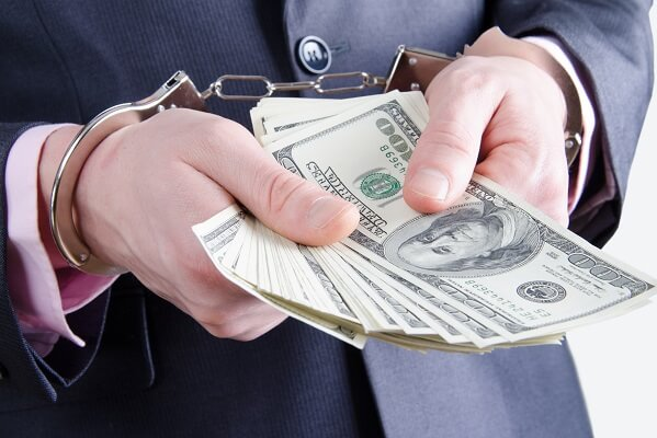 How to save money from investment fraud